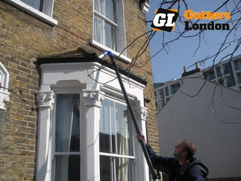 Gutters London - cleaning service