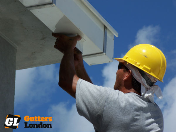 We are professional gutter cleaners in London