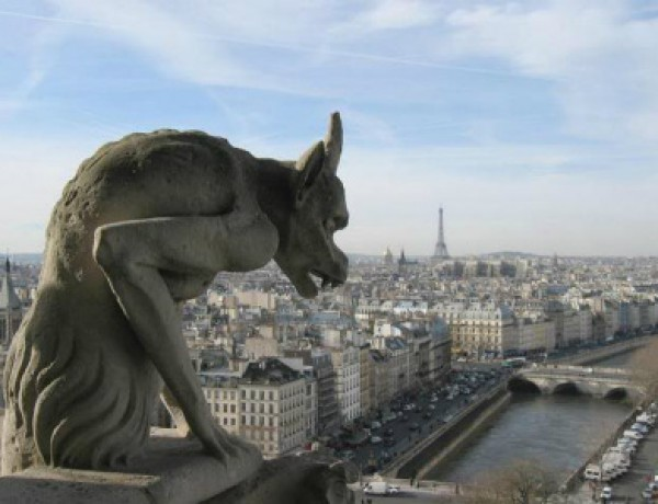 Lonely Gargoyle is lonely