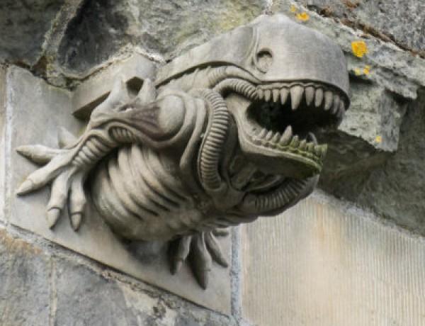 Alien Xenomorph Gargoyle